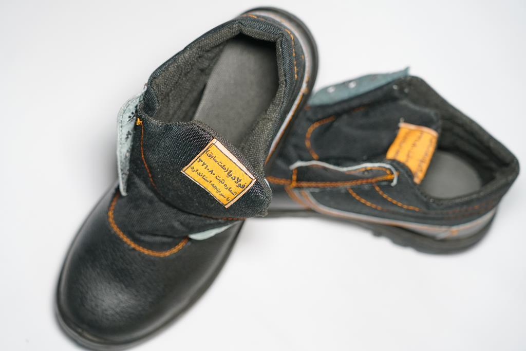 کفش ایمنی فولادپا