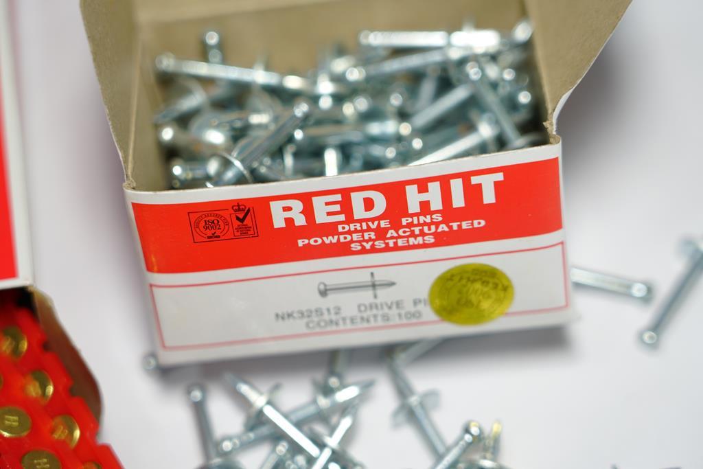 میخ 19 و چاشنی قرمز RED HAT